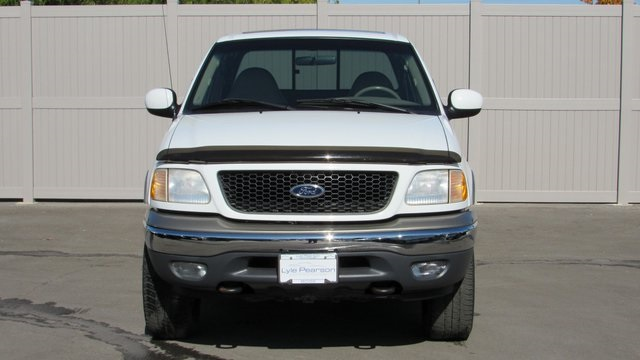 Pre-Owned 2001 Ford F-150 Lariat