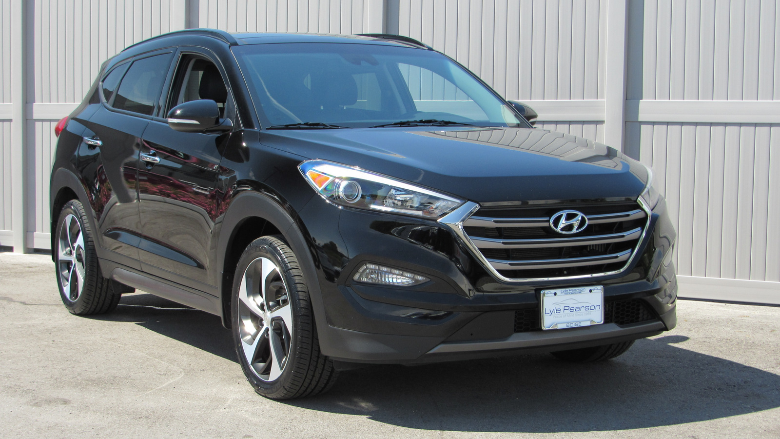 Pre-Owned 2016 Hyundai Tucson AWD 4dr Limited