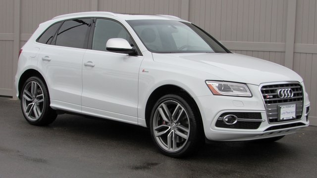 Pre-Owned 2016 Audi SQ5 3.0T Premium Plus